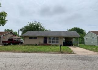 Pre Foreclosure in Arkansas City 67005 RANDOM RD - Property ID: 1285353548