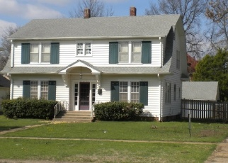 Pre Foreclosure in Independence 67301 N 10TH ST - Property ID: 1285378964