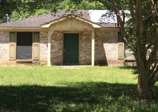 Pre Foreclosure in Wilmer 36587 JIM TOM CIR N - Property ID: 1286078840