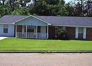 Pre Foreclosure in Vicksburg 39180 SPRINGRIDGE DR - Property ID: 1286149789