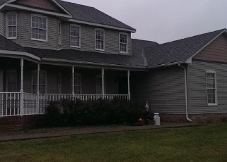 Pre Foreclosure in Radcliff 40160 HOWEY LN - Property ID: 1286903989