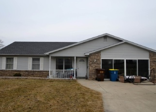 Pre Foreclosure in Auburn 46706 COUNTY ROAD 40A - Property ID: 1287196548