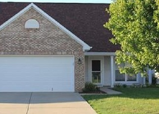 Pre Foreclosure in Greenwood 46143 SPRUCE DR - Property ID: 1287269241
