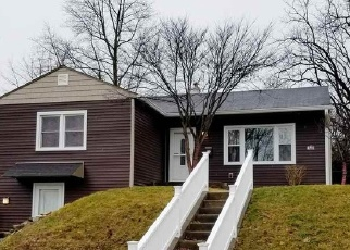 Pre Foreclosure in Winchester 47394 S WESTERN AVE - Property ID: 1287300337