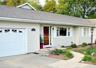 Pre Foreclosure in Vandalia 62471 LAKE HILLS DR - Property ID: 1287415979