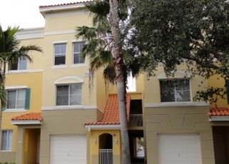 Pre Foreclosure in Palm Beach Gardens 33410 LEGACY LN - Property ID: 1288123743