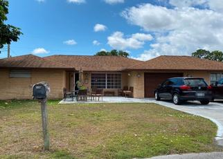 Pre Foreclosure in Lake Worth 33462 SUN UP LN - Property ID: 1288133816