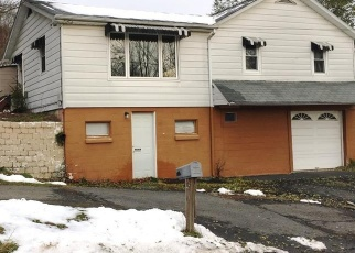 Pre Foreclosure in Lehighton 18235 SPRING HILL RD - Property ID: 1289779713