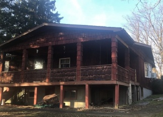 Pre Foreclosure in Connellsville 15425 DRY HILL RD REAR - Property ID: 1289857226