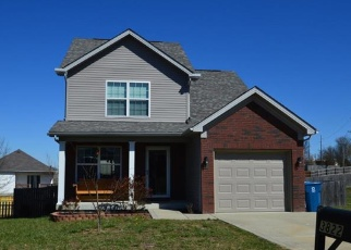 Pre Foreclosure in Shelbyville 40065 MARELI RD - Property ID: 1290543993