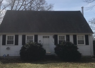 Pre Foreclosure in Tiverton 02878 KING RD - Property ID: 1291551309