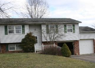 Pre Foreclosure in Zanesville 43701 MONA DR - Property ID: 1292034846