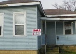 Pre Foreclosure in Columbus 43206 SEYMOUR AVE - Property ID: 1292057171