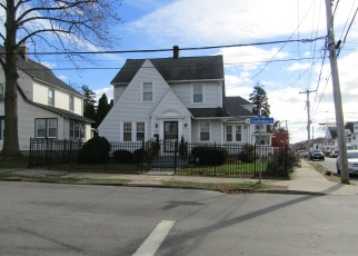 Pre Foreclosure in Bridgeport 06606 MANHATTAN AVE - Property ID: 1292248573