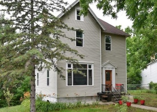 Pre Foreclosure in Faribault 55021 4TH AVE SW - Property ID: 1292372968