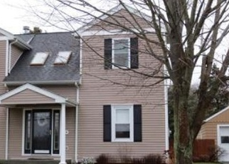 Pre Foreclosure in Swansea 02777 OLD FALL RIVER RD - Property ID: 1292472824