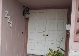 Pre Foreclosure in Stockton 95210 E GLENCANNON ST - Property ID: 1293143347