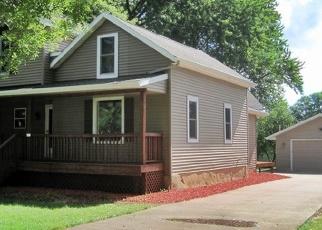 Pre Foreclosure in Marshfield 54449 N WALNUT AVE - Property ID: 1293372410