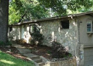 Pre Foreclosure in Chattanooga 37415 LOCKWOOD CIR - Property ID: 1293715340