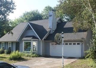 Pre Foreclosure in Charlotte 28227 MARTIN LAKE RD - Property ID: 1293831408