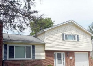 Pre Foreclosure in Chillicothe 61523 N HUSHAW AVE - Property ID: 1294219455