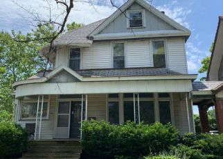 Pre Foreclosure in Peoria 61606 W COLUMBIA TER - Property ID: 1294242671