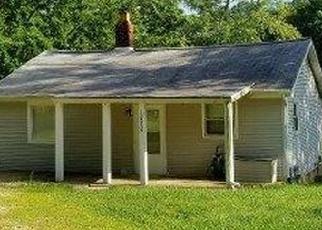 Pre Foreclosure in Peoria 61603 E LONDON AVE - Property ID: 1294360932