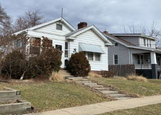 Pre Foreclosure in Peoria Heights 61616 E HINES AVE - Property ID: 1294378435