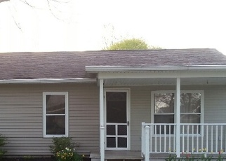 Pre Foreclosure in Sycamore 44882 S GRIFFITH ST - Property ID: 1294678448