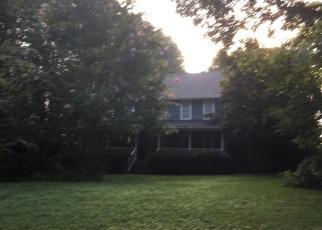 Pre Foreclosure in Huntersville 28078 OAK HILL DR - Property ID: 1294859781