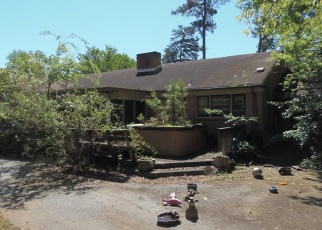 Pre Foreclosure in Greensboro 27410 IDLEWILD AVE - Property ID: 1294973202