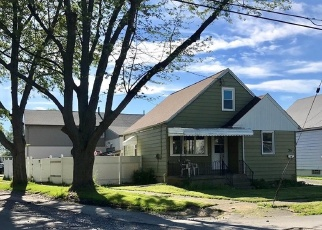 Pre Foreclosure in Buffalo 14212 BOLL ST - Property ID: 1295107221