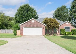 Pre Foreclosure in Meridianville 35759 MOORES MILL RD - Property ID: 1295601252