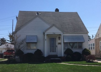 Pre Foreclosure in Toledo 43608 TWINING ST - Property ID: 1295608716