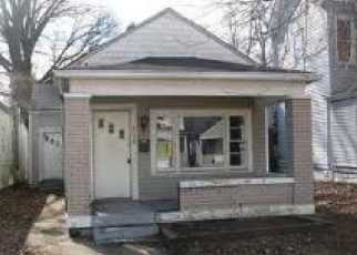 Pre Foreclosure in Louisville 40211 RIVER PARK DR - Property ID: 1295744479