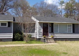 Pre Foreclosure in Bessemer 35023 27TH AVE N - Property ID: 1295860543