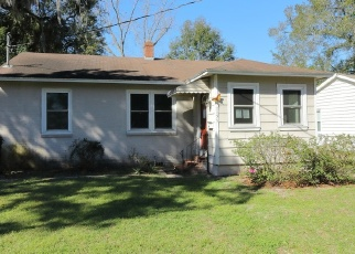 Pre Foreclosure in Jacksonville 32208 LEXINGTON DR - Property ID: 1295880691