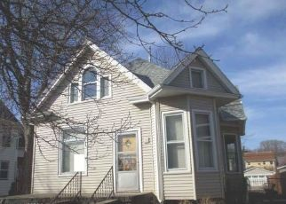 Pre Foreclosure in Davenport 52802 W 4TH ST - Property ID: 1295930624