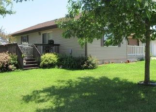 Pre Foreclosure in Central City 52214 STEPHANIE DR - Property ID: 1295932370