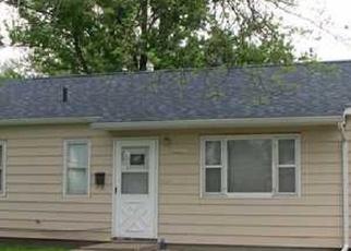 Pre Foreclosure in Cedar Rapids 52404 9TH AVE SW - Property ID: 1295933242