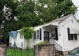 Pre Foreclosure in Charleston 29403 CARONDOLET ST - Property ID: 1296703197