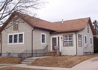 Pre Foreclosure in Two Rivers 54241 21ST ST - Property ID: 1297186732