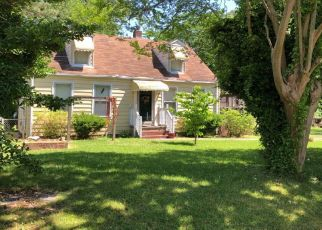 Pre Foreclosure in Chesapeake 23325 CANTON AVE - Property ID: 1297347462
