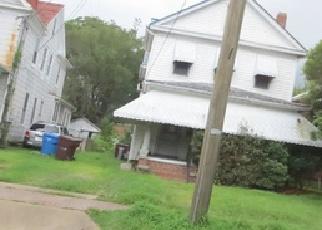 Pre Foreclosure in Chesapeake 23324 CHESAPEAKE AVE - Property ID: 1297430235