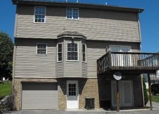 Pre Foreclosure in Vinton 24179 MEADOWS RD - Property ID: 1297454777