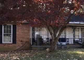 Pre Foreclosure in Memphis 38116 DELLROSE DR - Property ID: 1297645730
