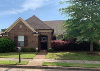 Pre Foreclosure in Cordova 38018 E CORTONA CIR - Property ID: 1297649676