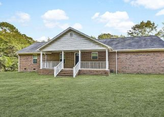 Pre Foreclosure in Swansea 29160 TOOLE SMITH RD - Property ID: 1297675960