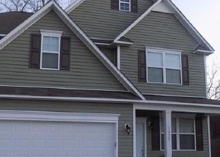 Pre Foreclosure in Fayetteville 28312 TURKEY RUN - Property ID: 1297822219