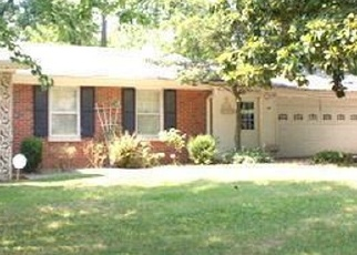 Pre Foreclosure in Belleville 62221 FOREST HILL DR - Property ID: 1298123106